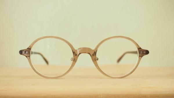 丸メガネに秘められた力教えます。サムネイル