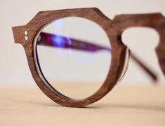 秋本番!珍しい素敵なメガネが入荷中です。サムネイル